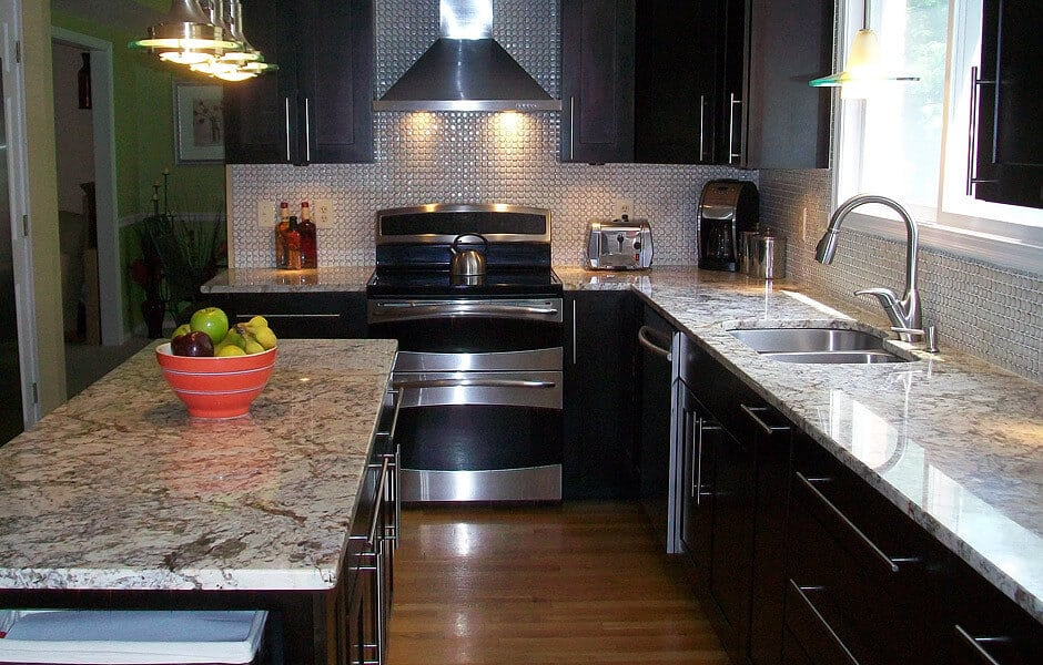 An example of modern kitchen remodeling