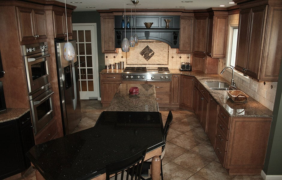 An example of traditional kitchen remodeling