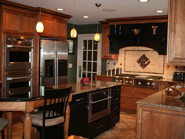 Cincinnati kitchen remodeling portfolio innovative interiors for Kitchen 452 cincinnati